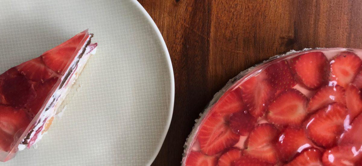 Tvarohový nepečený dort s ovocem